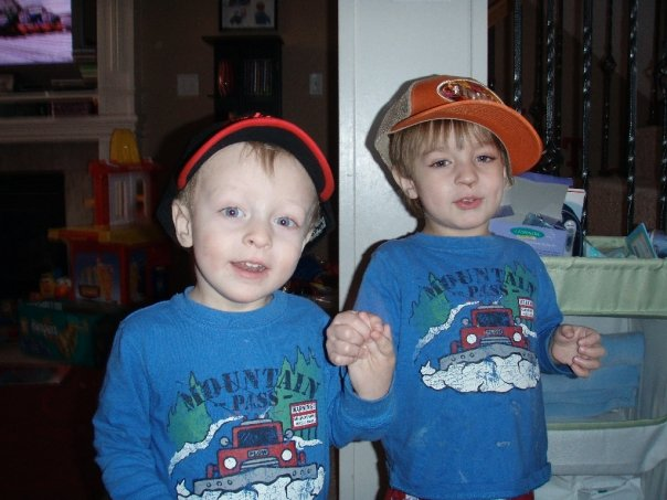 Brisan and Parker wearing hats